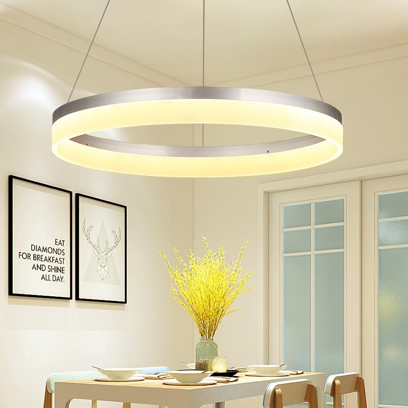 Işıklar ve Aydınlatma'ten Kolye ışıkları'de Gümüş kaplama çember yüzükler Modern LED kolye ışıkları yemek odası mutfak odası Bar akrilik alüminyum kolye lamba armatürleri