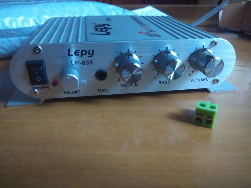 Входное напряжение:: 12 В постоянного тока~18В 3А; ролик экран ; Входное напряжение:: 12 В постоянного тока~18В 3А;