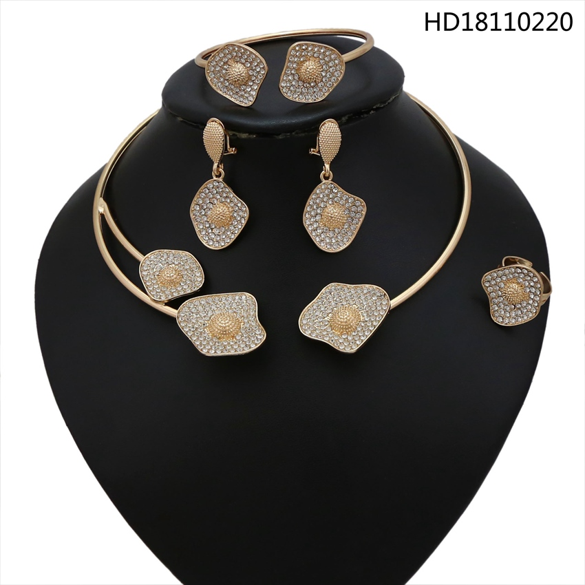 YULAILI Fashion African Jewellery Gold Color Choker Necklace Jewelry Set with Rhinestone for Ladies Party AccessoriesYULAILI Fashion African Jewellery Gold Color Choker Necklace Jewelry Set with Rhinestone for Ladies Party Accessories