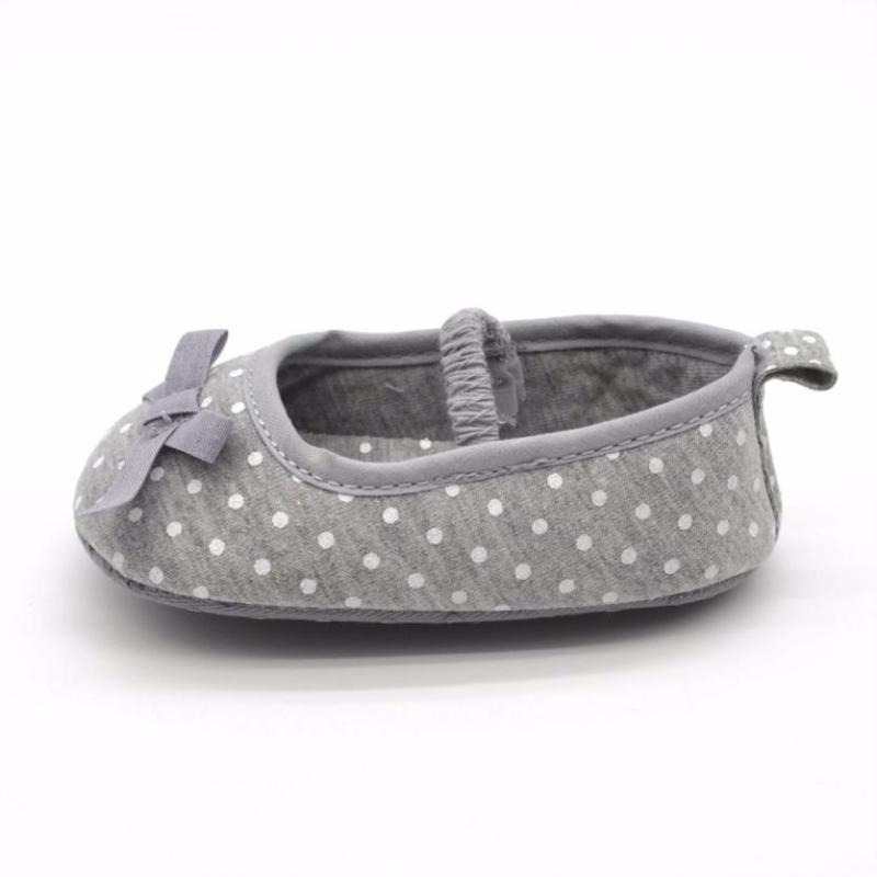 Gray polka dot baby shoes Girl cotton toddler shoes shallow mouth without lace baby shoes Todder pre-walker Y-NEW