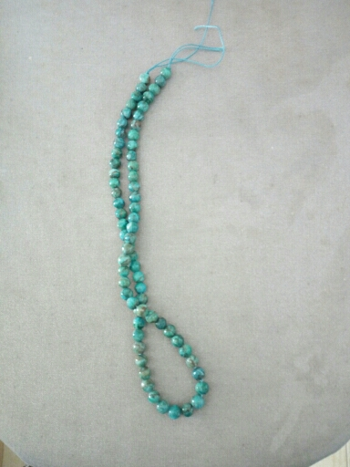 ca8b6963a786 Caliente 6 MM 8 MM redondo verde Natural de piedra de suglita suelta para  hacer pulseras collar DIY hecho a mano joyería hallazgos