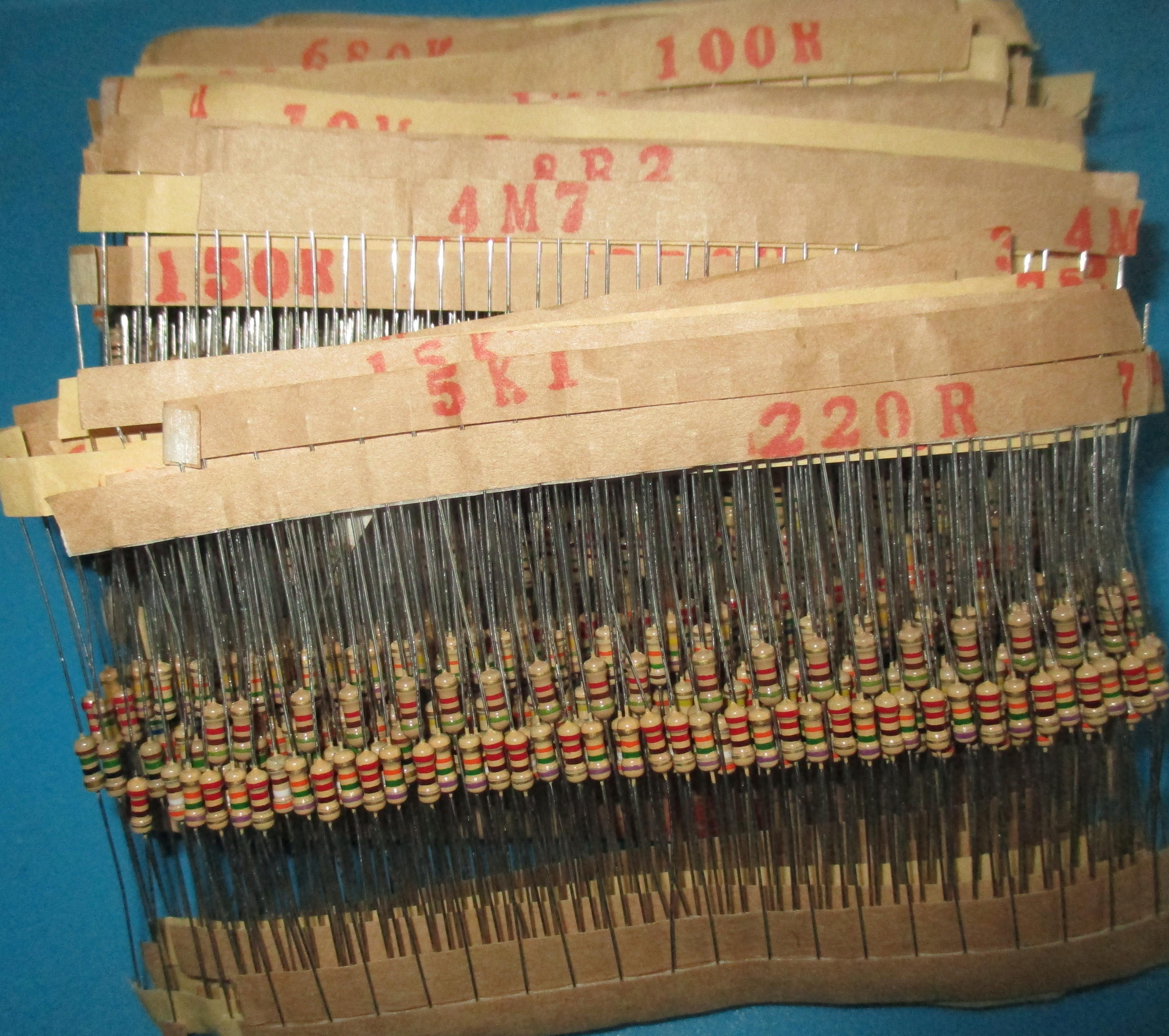 New 1500pcs 1/4W Power Carbon Film Resistors Assorted kit 75Values (1 ohm~ 10M ohm) Resistance 5% Tolerance Resistor Pack