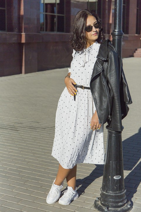 Spring Women Long Sleeves Polka Dots Long Dress Vintage Dots Pattern Bow Knot Collar Pleated Dress Elegant Vestidos Mujer photo review