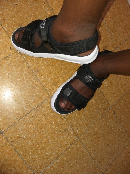 Sandálias masculinas Sapatas Homens Reetene