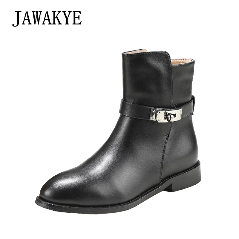 2018 Classic Metal Lock Ankle Boots for women Designer Leather Short winter boots Flat heel Buckled Knight Boots zapatos mujer casual metal and flat heel design short boots for women