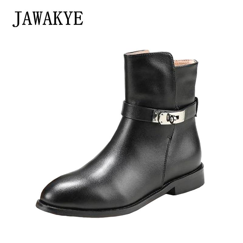 2018 Classique En Métal Serrure Cheville Bottes pour femmes Designer En Cuir Courtes bottes d'hiver talon Plat Bouclée Chevalier Bottes zapatos mujer