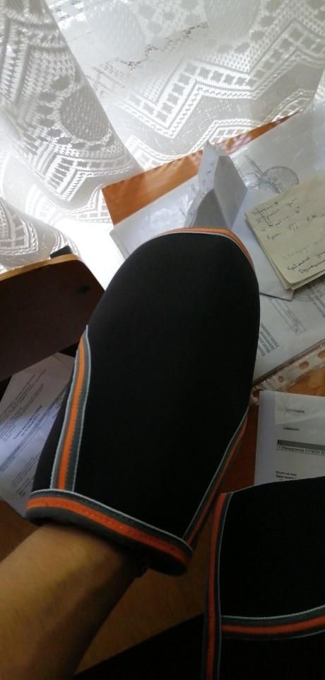 Joelheiras e cotoveleiras altura joelho compressão