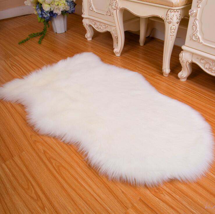 1 Pcs 65x102cm 4 Colors Wool Like Rug Bedroom Fur Rug