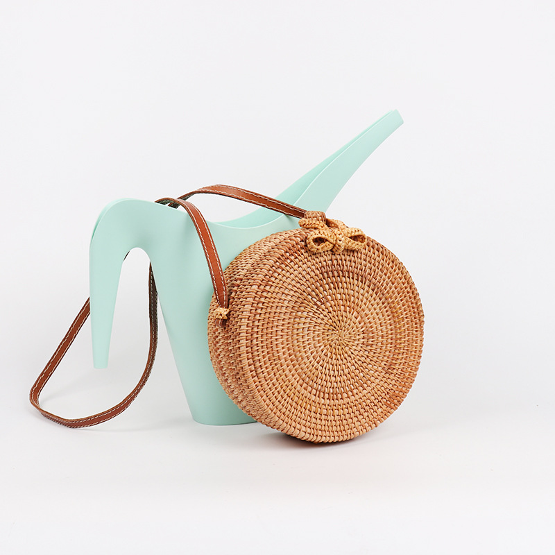 2018 New Round Straw Bow Bag Handbags Women Summer Rattan Bag Handmade Woven Beach Handbag for Women Shoulder Bag Hot цена 2017