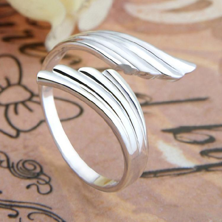 Exquisite Silver Plated Angel Wing Ring Fashion Jewelry