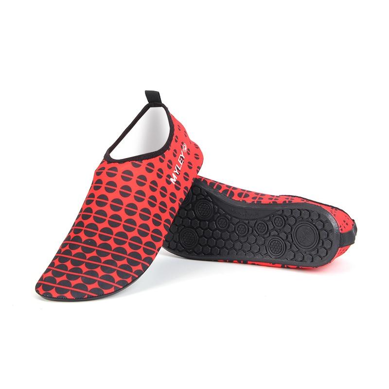Nueva llegada unisex calcetines Descalzo los zapatos playa nadar Surf rojo Talla:42 78Gwtup