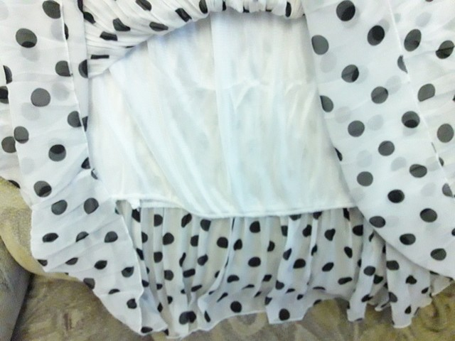 Summer Spring Women Chiffon Polka Dot Skirt Female Black Dots Elastic Waist Pleated Skirt Beach A Line Plus Size L6 photo review