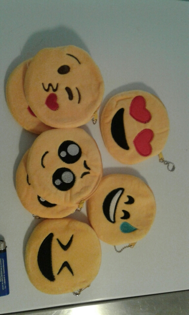 Plush NEW Emojis Gift Coin BAG – 10CM 6Models Plush Coin BAG Pouch Purse Wallet ; Pocket BAG With Keychain photo review