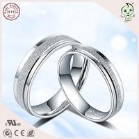 Nueva llegada popular superficie helada S925 plata esterlina simple plana amante anillo de compromiso