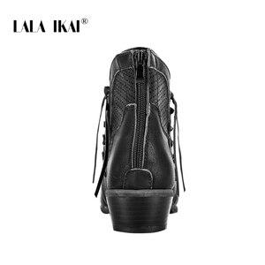 Image 5 - LALA IKAI נשים סתיו חורף קרסול מגפי שרוכים חלול עמיד למים נעלי עור מפוצל נשי רוכסן פרינג צ לסי מגפי WC4747 4
