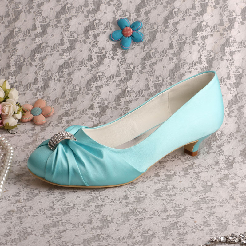 104ae7e77c US $44.99  Venus lure Custom Handmade Closed Toe Purple Satin Low Heel  Ladies Wedding Shoes for Bride-in Women's Pumps from Shoes on  Aliexpress.com   ...