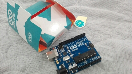 UNO R3 for arduino MEGA328P 100% original ATMEGA16U2 with USB Cable + UNO R3 retail box