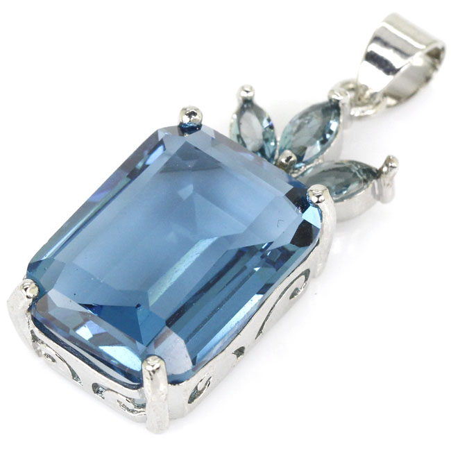 SheCrown Top AAA+ Rectangle 18x13mm London Blue Topaz Gift For Sister Silver Pendant 32x13mm