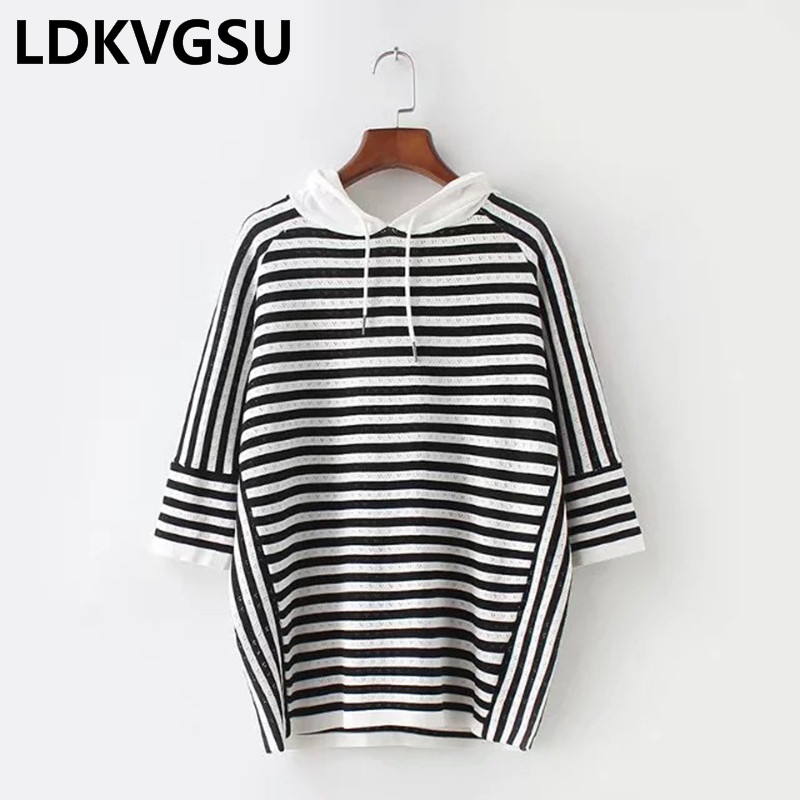2018 Spring Summer Women Knitted Striped Hooded Sweatershirt Harlf Sleeve Casual Hoodies Top Female Plus Size 5XL Is487