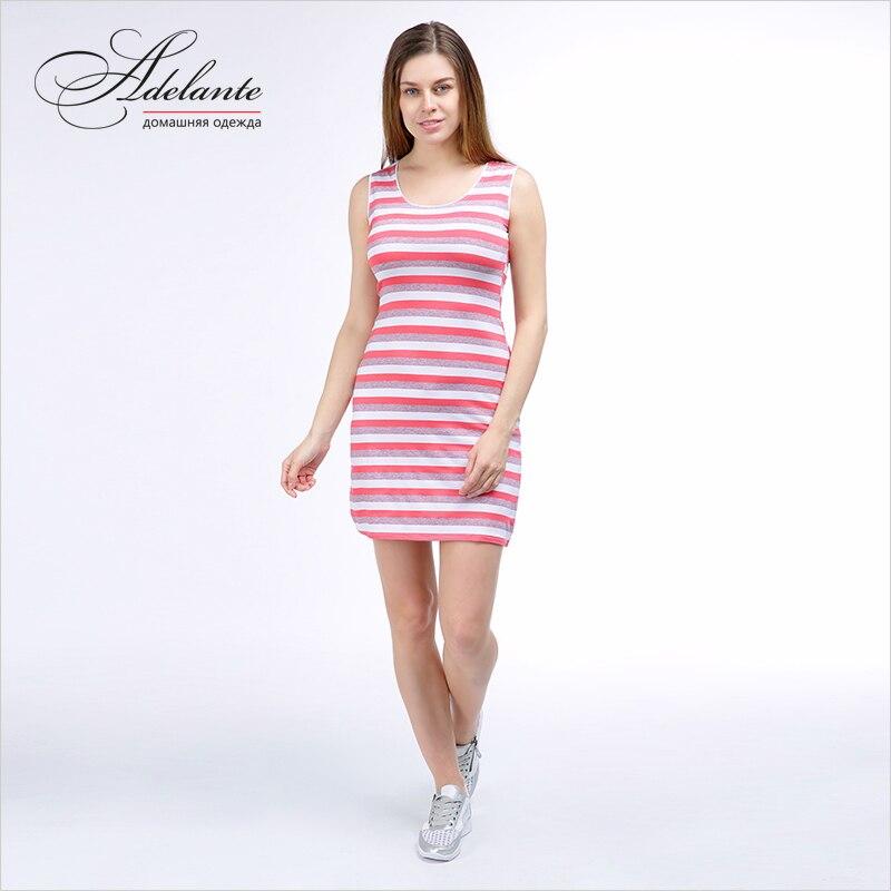 Платье ярко розовое короткое