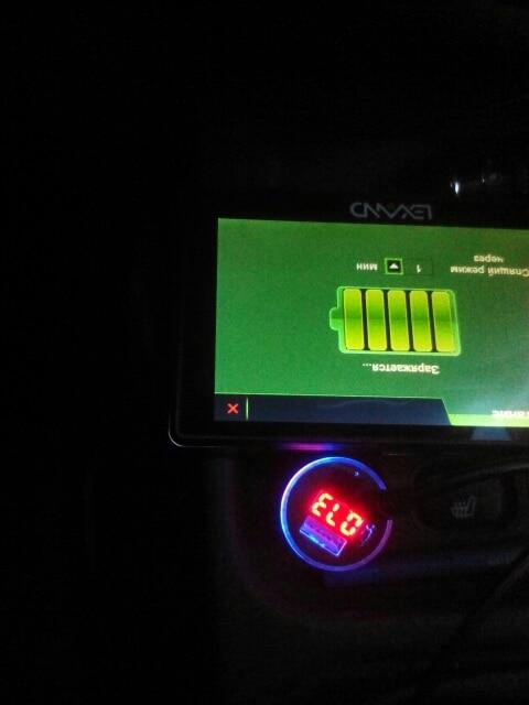 игра зарядное устройство; Год:: 2015; автомобиль Си; USB-розетка для автомобиля;
