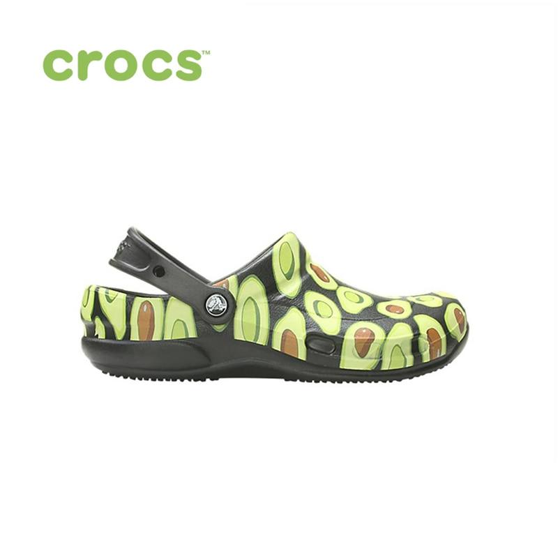 цена CROCS Bistro Graphic Clog UNISEX for male, for female, man, woman TmallFS shoes онлайн в 2017 году
