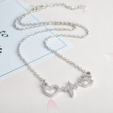 Animal Love Heart Cat Dog Paw Heartbeat Electrocardiogram Pendant Lady Necklace