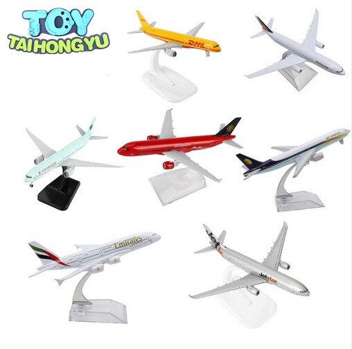 TAIHONGYU Boeing 777 380 320 747 757 330 Jet Star Air Airbus Kanada DHL Emirate flugzeug Modell w/Stand sammlungen Diecast Spielzeug