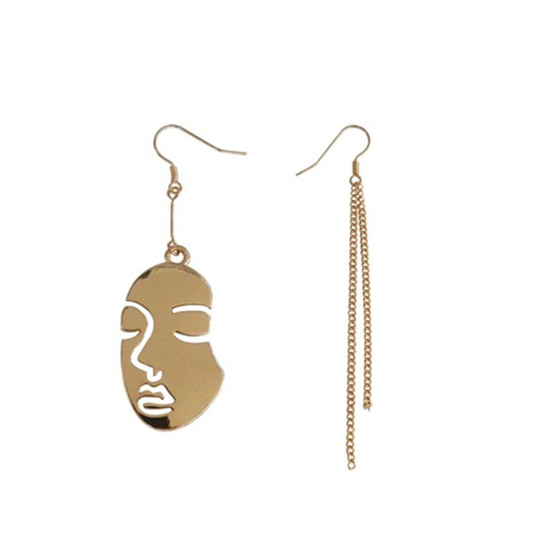 2018 Europe and the United States of hyperbole Fashion abstract facial asymmetry metal tassel Earrings eardrop