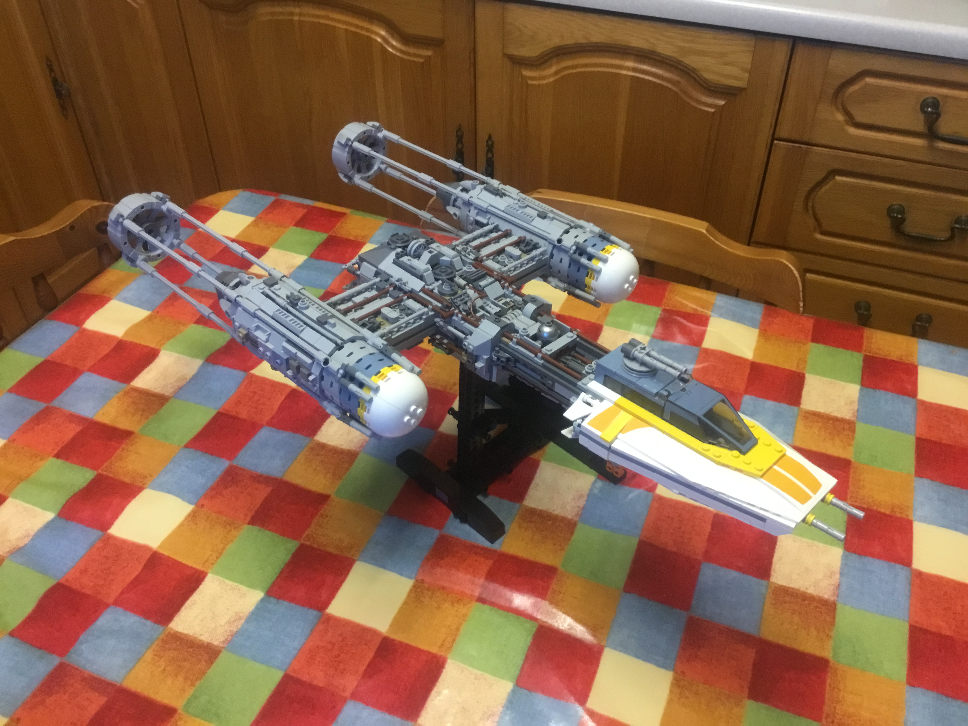 LEPIN 05143 Star Wars The 75181 New Y-wing Starfighter Block Set (2203Pcs) photo review
