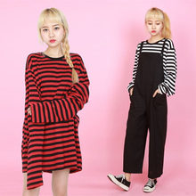 2018 New Black White Red Striped Long Sleeve Korean T Shirt Women Men Loose T-shirt Female Fashion Korean Style School Students