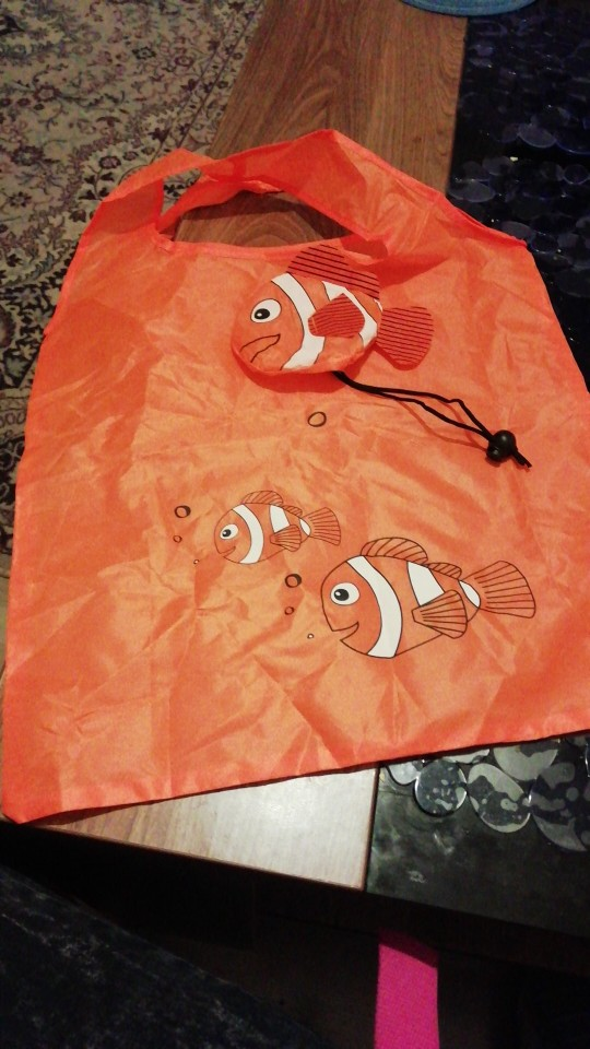 Hot New 7 Colors Tropical Fish Foldable Eco Reusable Shopping Bags Reusable Tote Pouch Recycle Storage Handbags 38cm x58cm photo review