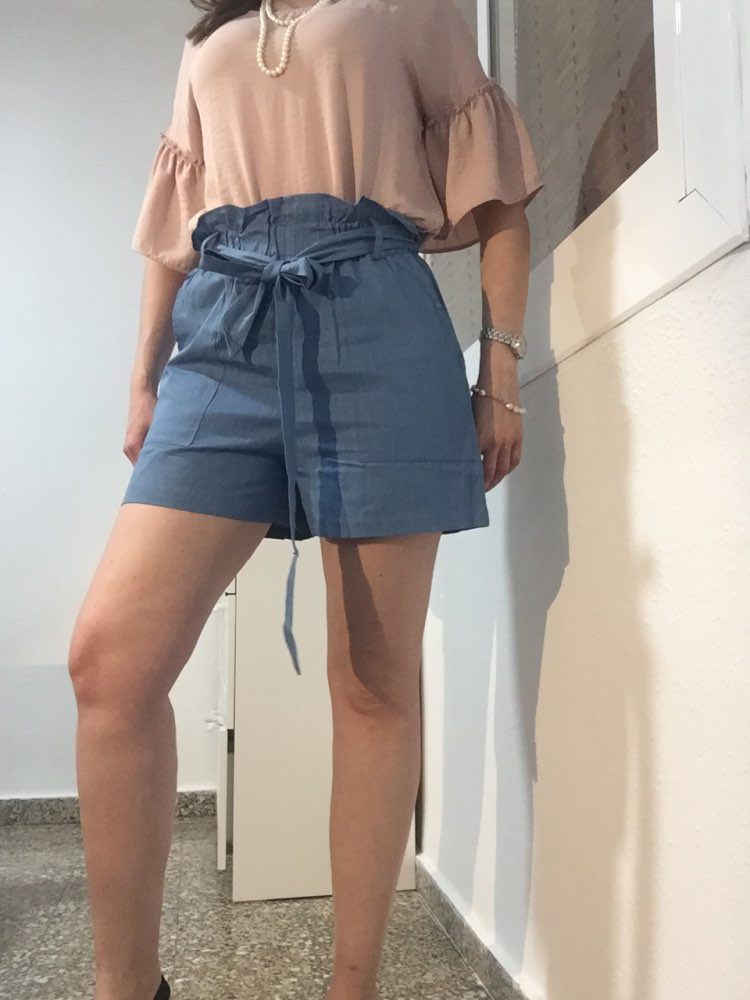 Casual Blue Paperbag Waist Twin Pocket Patched Belted Denim Shorts Women Summer High Waist Wide Leg Solid Shorts photo review