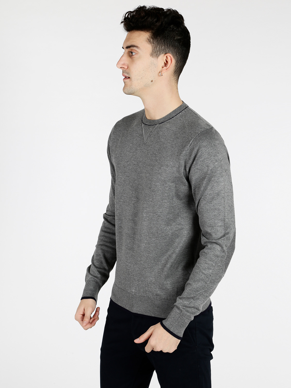 Pullover Crew Neck Elbow Patches