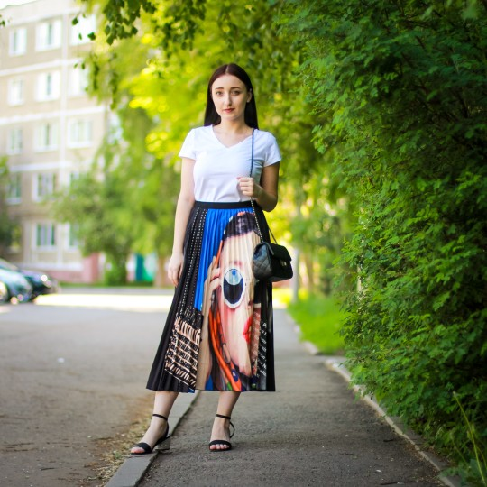 Summer Europen Print High Waist Pleated Skirt High Street A Line Women Skirts Party Casual Midi Calf Long Skirt photo review