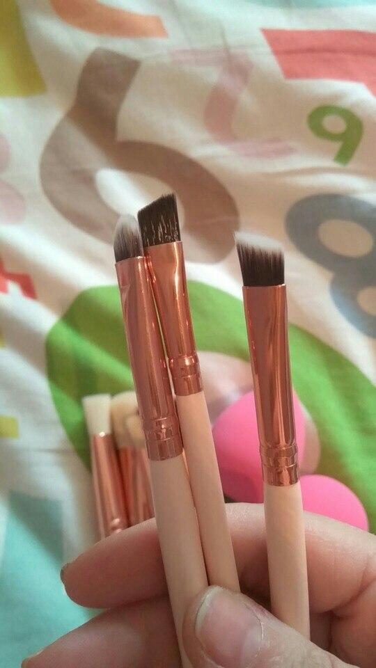 Мягкий 8 шт. розовое золото кисти для макияжа Тени для век Румяна Fondation Кисть Make Up Tool 2 шт. губки слойка косметическая комплект проста в использовании