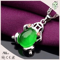 Trendy Ladies Colorful Opal Animal Design 925 Sterling Silver Frog Pendant