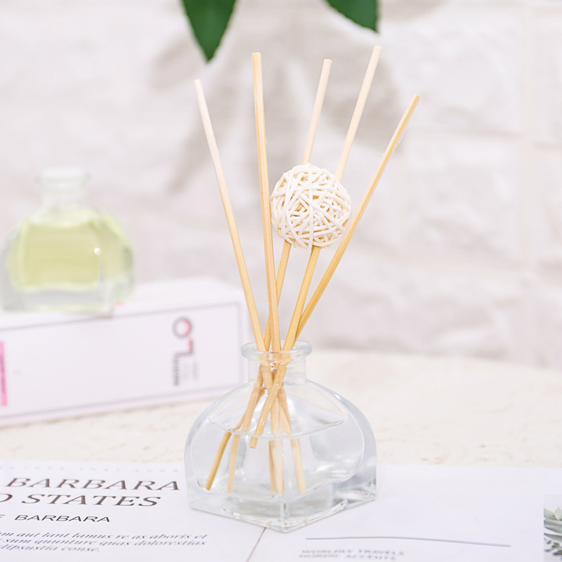 50ml Reed Diffuser Aromatherapy Air Freshener Car Perfume With Rattan Sticks And Rattan Ball Incense Oils Sets REE SHIPPING