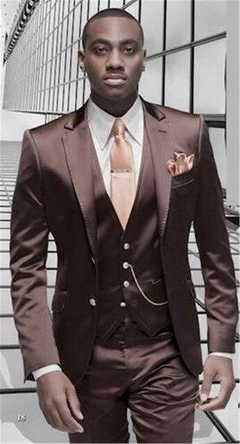 ブラウンサテンメンズスーツフォーマルイタリアデザインタキシードカスタム 3 ピースブレザー Masculino 結婚式スーツ (ジャケット + パンツ + ベスト + ネクタイ)