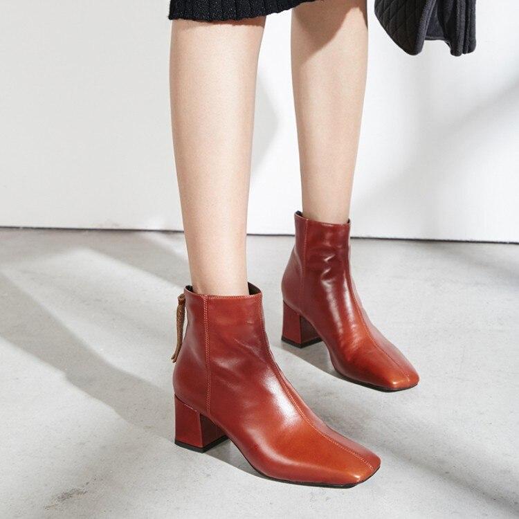 MLJUESE 2019 ผู้หญิงข้อเท้ารองเท้าหนังวัวสีแดงไวน์ฤดูหนาวตุ๊กตาสั้น fringe รองเท้าส้นสูงรองเท้าผู้หญิงขนาด 34 42-ใน รองเท้าบูทหุ้มข้อ จาก รองเท้า บน   2
