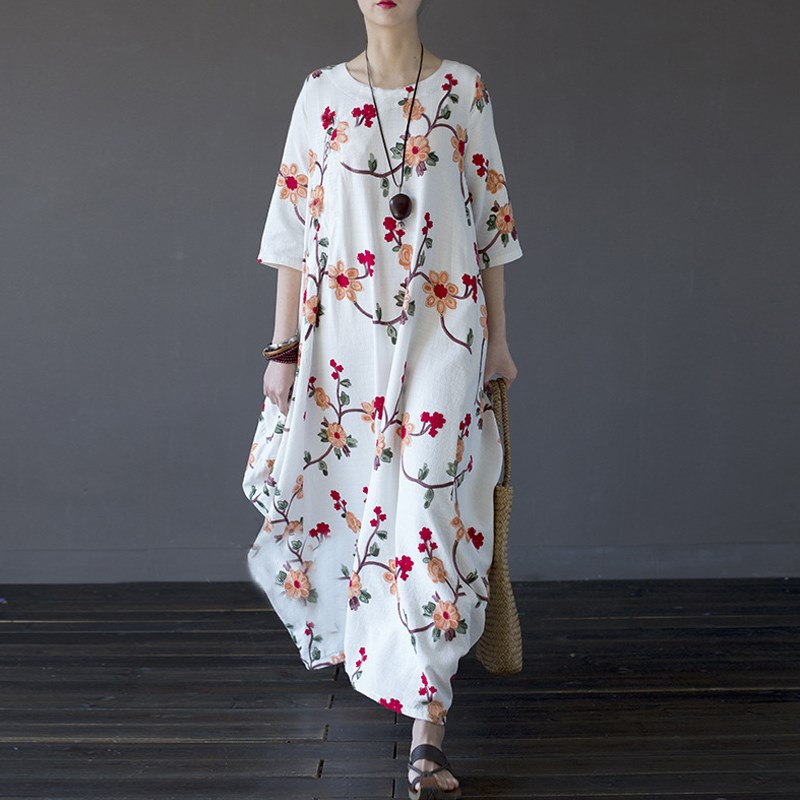 Plus Size Women Maxi Dress Embroidery Summer Autumn 2018 Loose O-neck 3/4 Sleeve Long Maxi Dresses Casual Party OversizeVestidos 3 colors short and long sleeve plus size women dress 2016 autumn casual dresses patchwork pencil dress