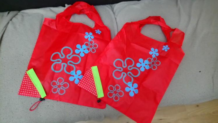 DINIWELL Nieuwe leuke aardbeienzak opvouwbare dames boodschappentas herbruikbare opvouwbare polyester tas 11 kleuren photo review