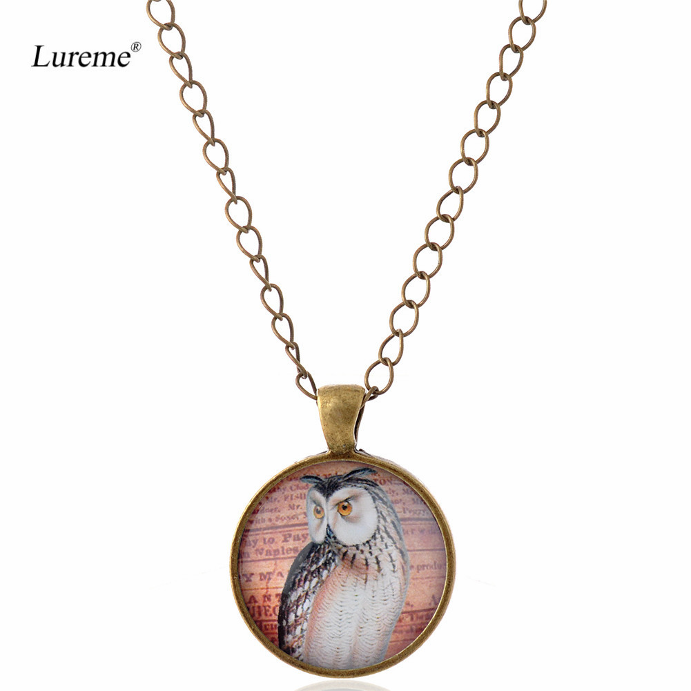 Lureme Retro Glass Time Gem Bronze Chain Pendant Necklace for Women and Grils Gift (nl005891)