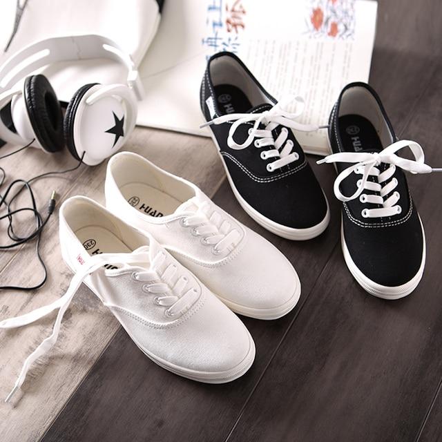 HUANQIU Beyaz Kadınlar Vulkanize kanvas ayakkabılar Düşük Nefes Kadın Düz Renk düz ayakkabı Rahat Şeker Renk Eğlence Bez Ayakkabı