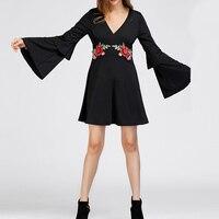 2017 Herfst Vrouwen Mode Rose Applicaties V-hals Elegante Blouse Blusas Vestidos Bell Lange Mouwen Ruches Sexy Mini Jurken