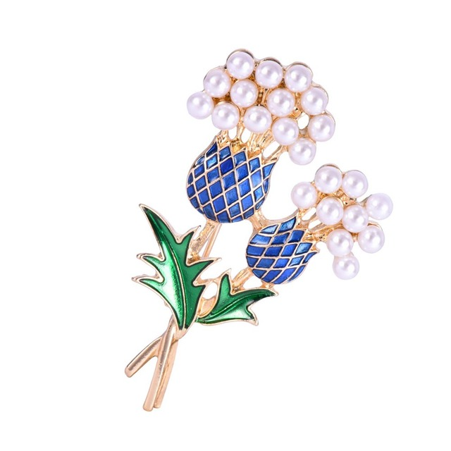 2017 new hot sale Elegant female Enamel Pineapple Tree Brooch Suit Pin Simulated Pearls Fashion Collar Corsage Shirt brooch gift