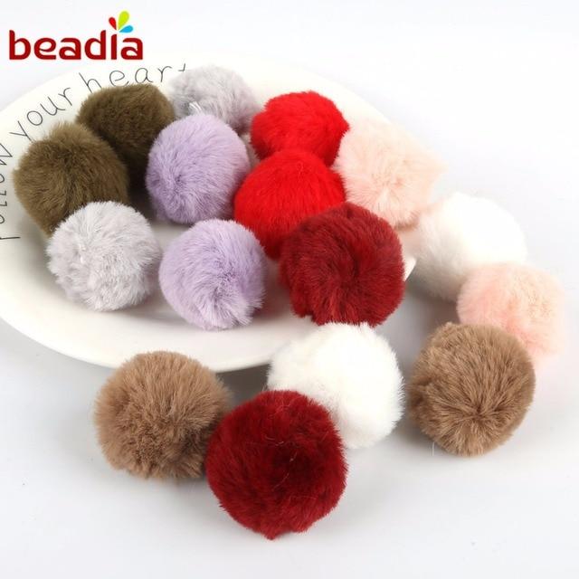 6 pcs 4 cm Multi Cor Linda Fofo Bonito Pom Pom Bola De Pêlo Pompom Para O Porte Clef Chaveiro Material Para mulheres Charme Saco de Brinquedos