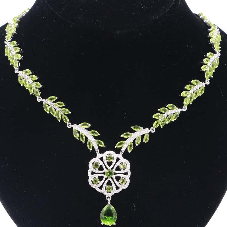 SheCrown élégant 20.0g vert péridot CZ collier de mariage femme en argent 18.5-19 pouces 48x36mm