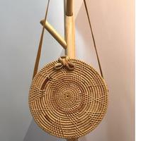 2017 de mimbre hecho a mano de tejer de cuero redondo bolso de la vendimia bolsa de viaje caja de la colección de arte de la muchacha Bohemia ratán verano debe
