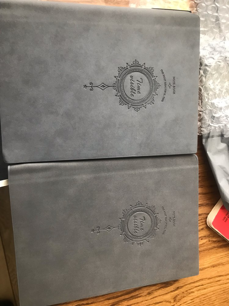 Cadernos Almofadas Escrita Caneta